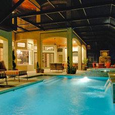 Mediterranean Pool by Christopher Burton Homes, Inc.