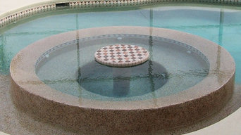 Pools with build in spas