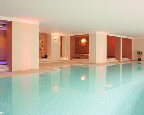 Wohnidee Für Geräumige Moderne Indoor Pools In Individueller Form Mit  Stempelbeton In Düsseldorf