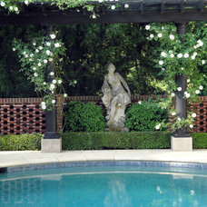 Mediterranean Pool by Richard Anderson Landscape Architect