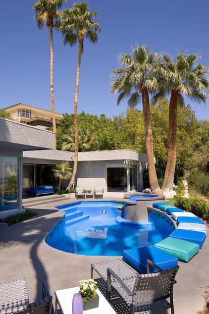 Tropical Pool by Semco Remodeling