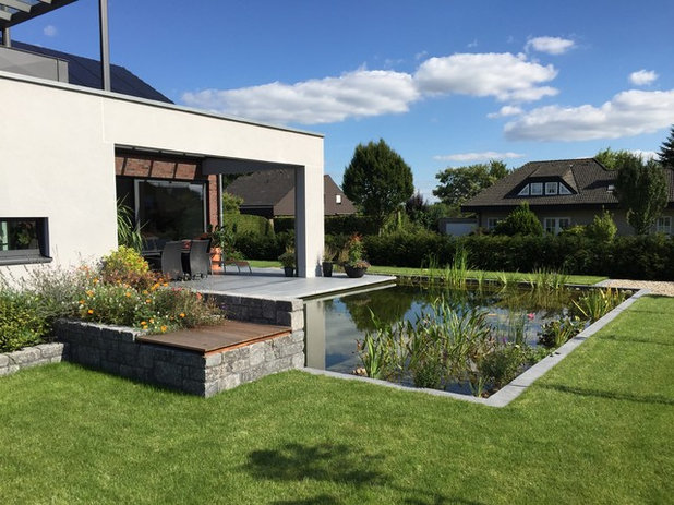 Contemporary Pool by Wilbrand-Architektur