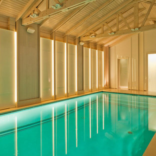 Imagen de piscina contemporánea interior y rectangular