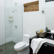 Contemporary Bathroom by Coop 15 Architecture