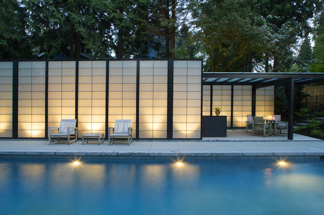 Contemporary Pool by Coop 15 Architecture