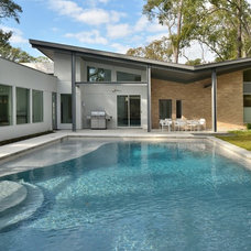Contemporary Pool by GOODCHILD BUILDERS INC