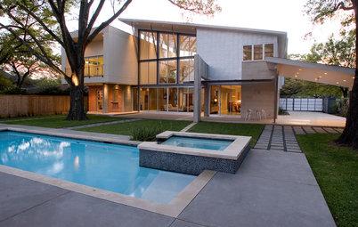 Houzz Tour: Modern Design Merges With Hindu Heritage in Houston