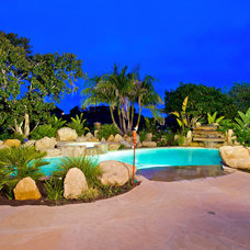 Tropical Pool by CHPT Construction