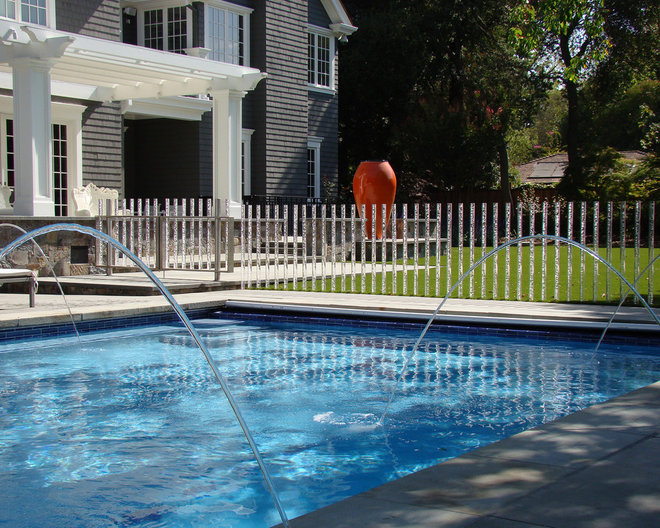 Traditional Pool by Randy Thueme Design Inc. - Landscape Architecture