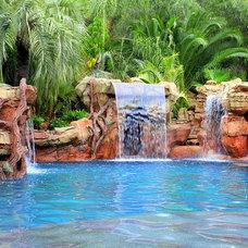 Tropical Pool by Rasmussen Design, Inc.