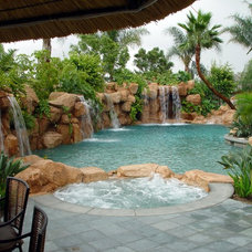 Tropical Pool by Rasmussen Design, Inc.