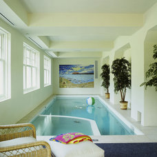Traditional Pool by Vincent Greene Architects