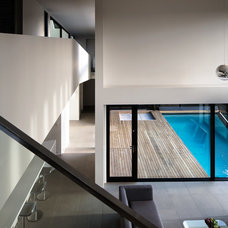Modern Pool by Daniel Marshall Architect
