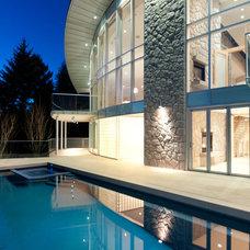Contemporary Pool by blurrdMEDIA