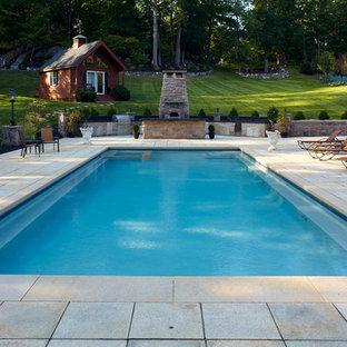 Стильный дизайн: прямоугольный бассейн в классическом стиле - последний тренд
