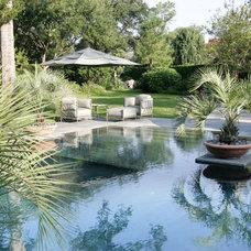 Landscape by McDugald-Steele Landscape Architects