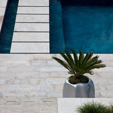 Modern Pool by Peter A. Sellar - Architectural Photographer