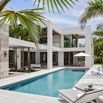 Resort Like Poolside