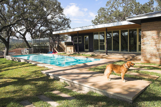 midcentury pool by Tom Hurt Architecture