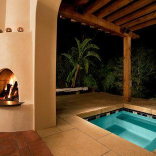 サンタバーバラの地中海スタイルのおしゃれな露天風呂・スパの写真