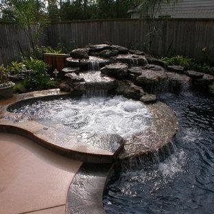 Rogers - Custom Swimming Pool, Spa & Waterfall Design