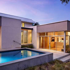 Contemporary Pool by Chioco Design