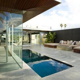 Rooftop Pool - Perimeter overflow waveless pool