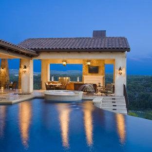 Diseño de piscina infinita mediterránea