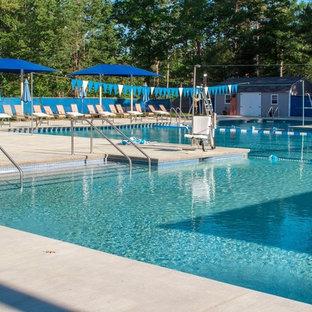 Modelo de casa de la piscina y piscina industrial, extra grande, a medida, en patio, con losas de hormigón