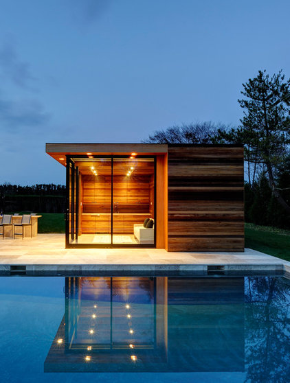Contemporary Pool by Bates Masi Architects LLC