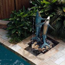 Tropical Pool by David Brandsen Construction Inc.