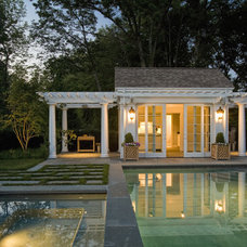 Traditional Pool by Dan K. Gordon Landscape Architects