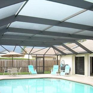 Pool - tropical pool idea in Miami