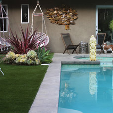 Contemporary Pool by Design Vidal