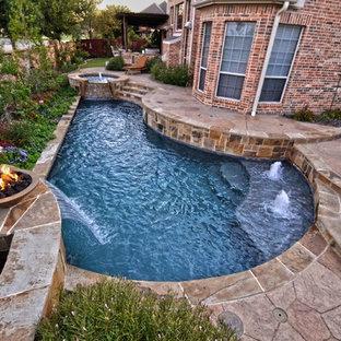 Simply Geo Pool in Small Yard