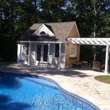 Traditional Pool by Whitcomb Remodeling, Inc