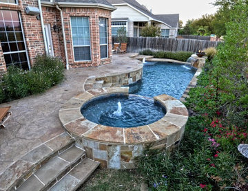 Small Rustic Geometric Pool & Spa