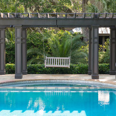 Traditional Pool by Solaris Inc.