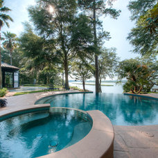 Contemporary Pool by Solaris Inc.