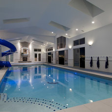 Contemporary Pool by Paul Kohlman Photography