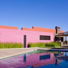 Contemporary Pool by Fontana Construction Inc