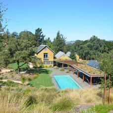 Farmhouse Pool by Hammond & Company, Inc.