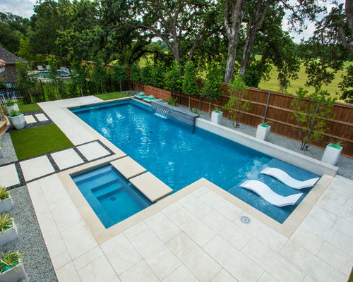 Mid Sized Minimalist Backyard Rectangular Pool Fountain Photo In Dallas  With Decking