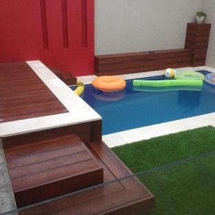 シドニーの中サイズのコンテンポラリースタイルのおしゃれなプールの写真