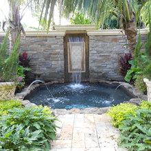 Fountain/spa