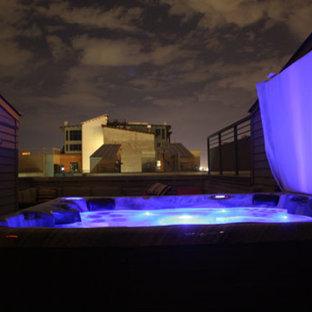 Imagen de piscinas y jacuzzis tradicionales, de tamaño medio, en patio trasero, con gravilla