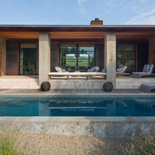 Pool house - large cottage side yard rectangular pool house idea in San Francisco