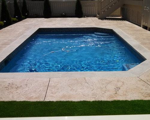 Piscine bord de mer budget mod r photos et id es d co for Budget piscine beton