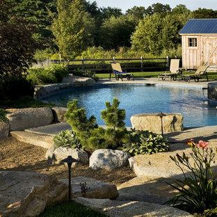 Modelo de piscina de estilo de casa de campo redondeada