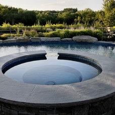 Farmhouse Pool Staycation